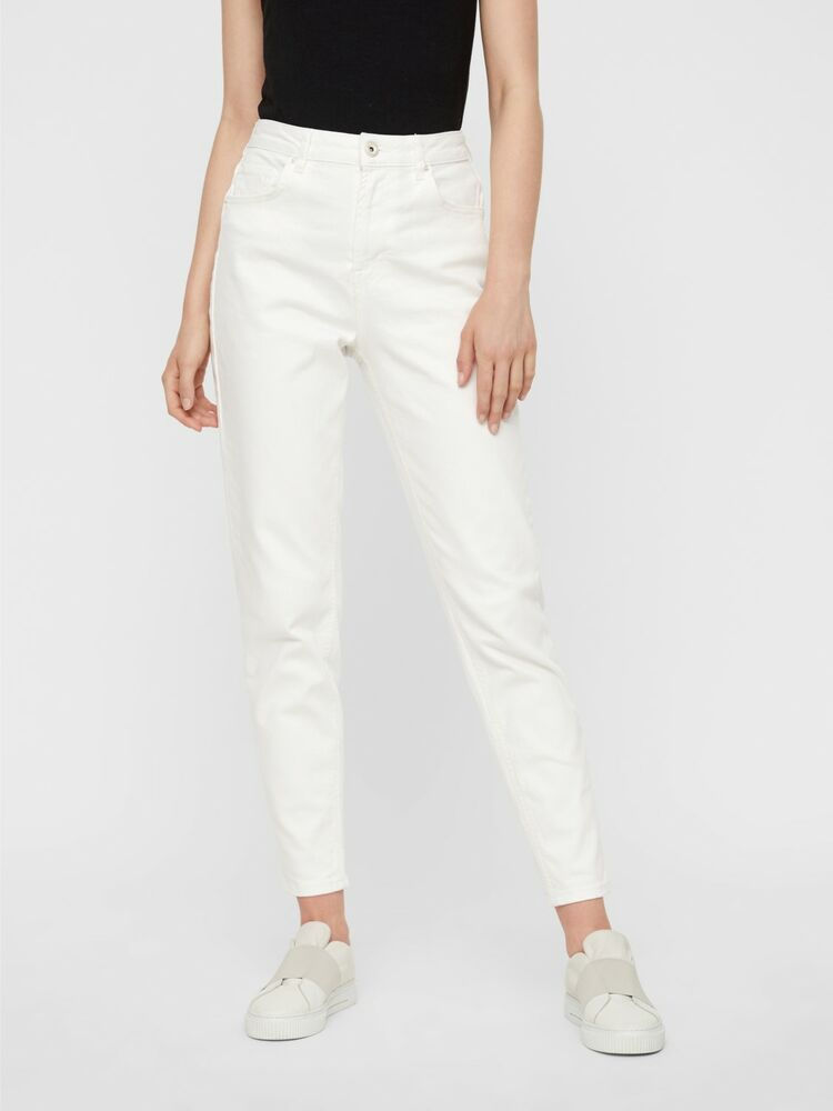 Leah mom hw ank jeans PIECES white
